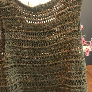 Blu Pepper Crochet Sleeveless top
